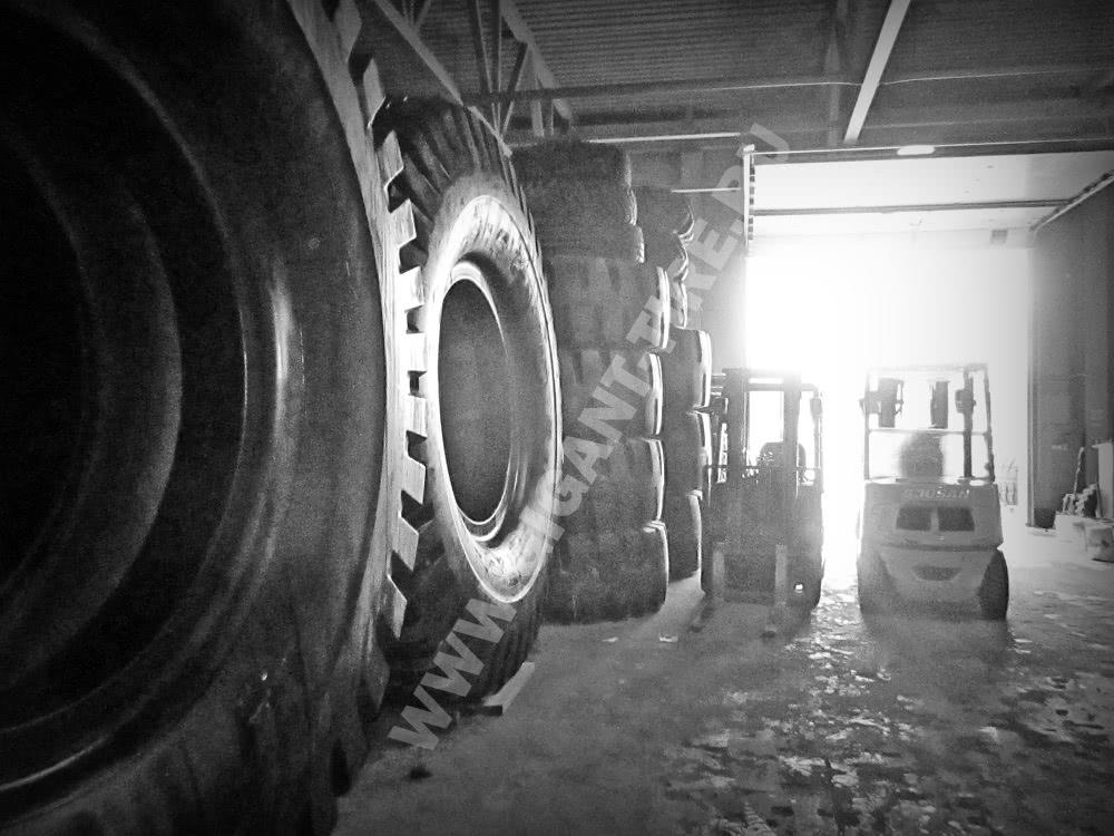Крупногабариные шины на складе