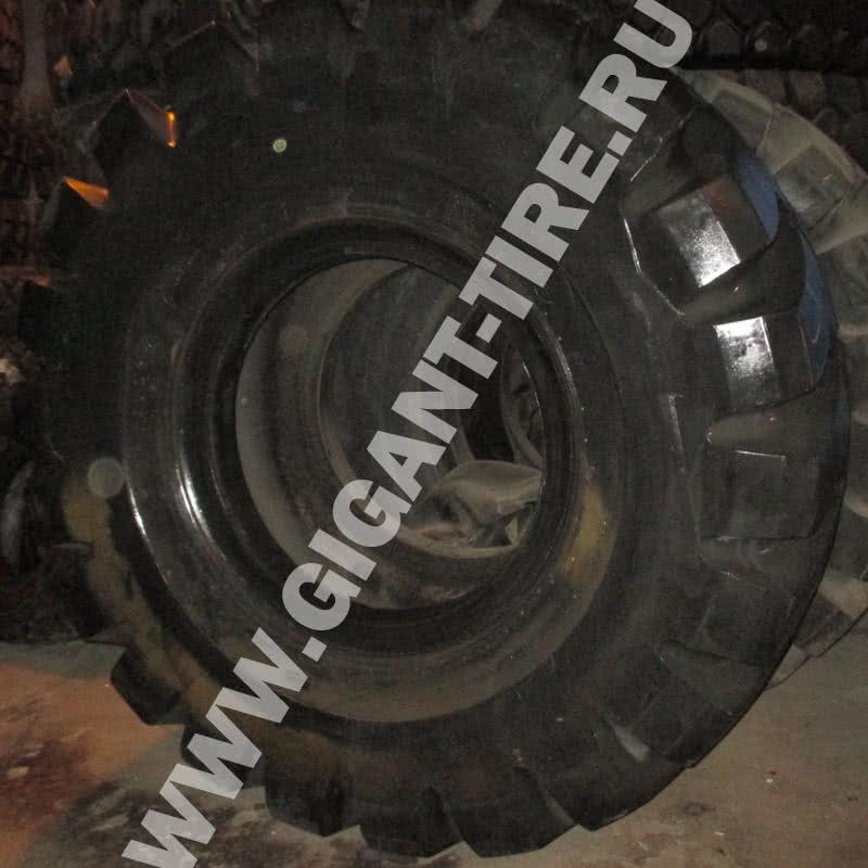 Фото шины Firestone 65/40-39 L5 в профиль