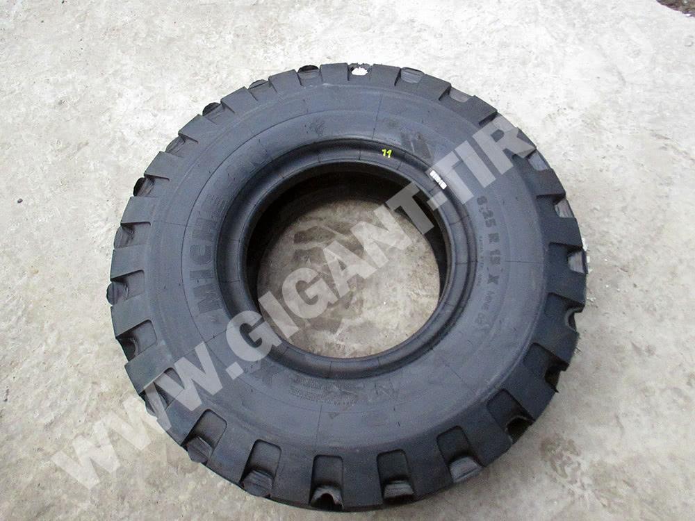 Купить шины Michelin 8.25 R15 X MINE D2 L5 в Санкт-Петербурге