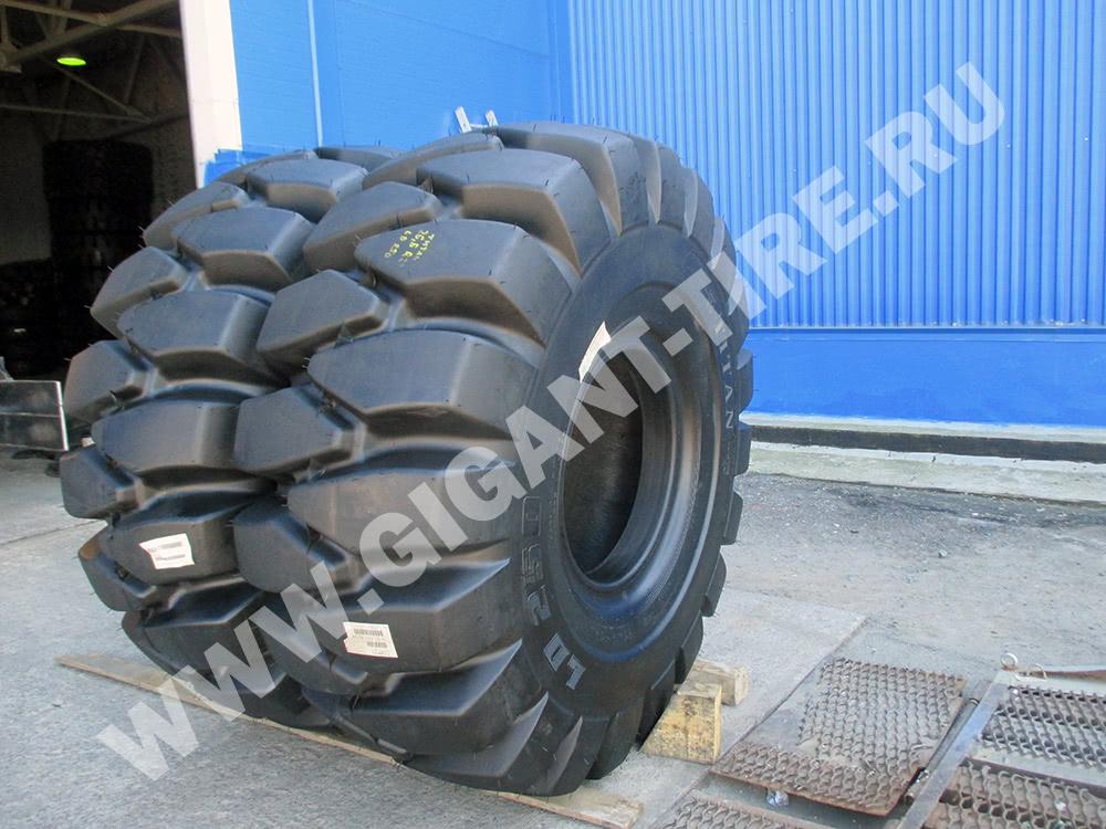 Новые американские шины Titan 26.5-25 LD250 L5 в три четверти