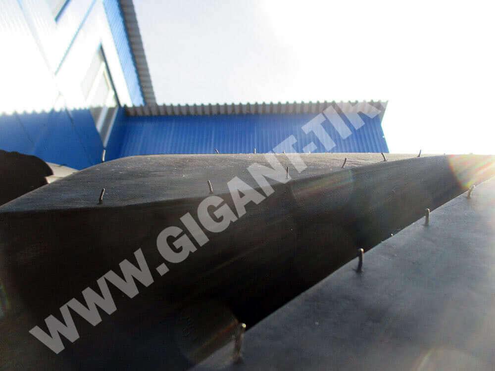 Резиновые усики на новых шинах Michelin 45/65R45 X Mine D2 L5R