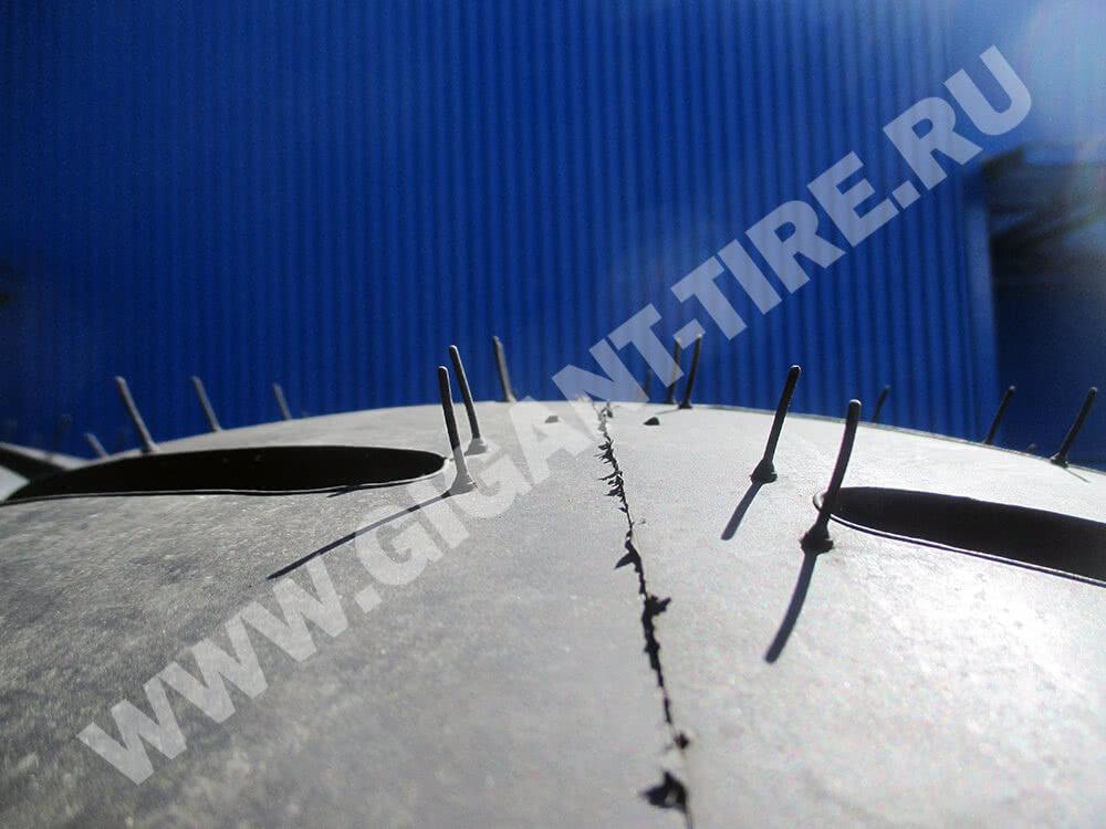 Резиновые усики на новых шинах Yokohama 12.00-24 Y-505 20pr L-3