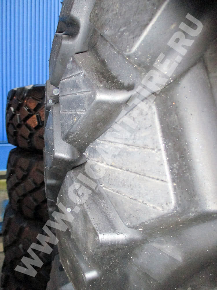 Протектор новых грузовых шин Goodyear 16.00 R20 AT 3A